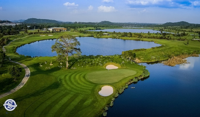waterside golf course Pattaya